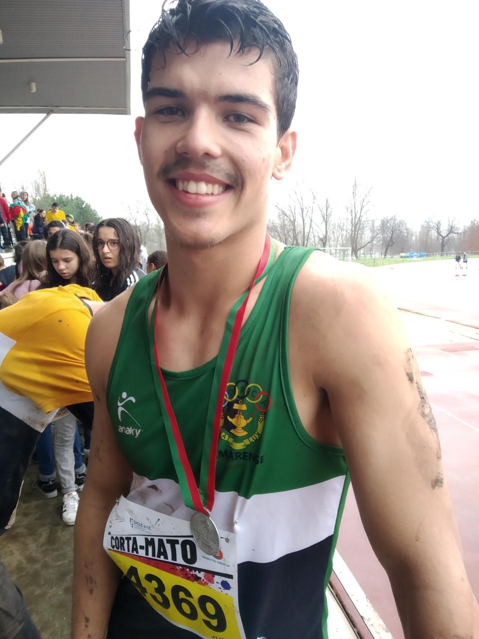 CORTA-MATO ESCOLAR: André Silva (da EPATV) vice-campeão distrital júnior